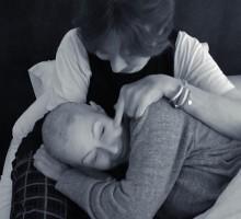 【イタすぎるセレブ達】『ビバヒル』シャナン・ドハーティー、乳がん闘病に寄り添う母に感謝
