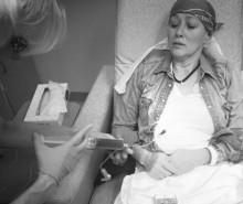 【イタすぎるセレブ達・番外編】『ビバヒル』シャナン・ドハーティーの乳がん治療 担当医は「よく頑張っている」