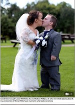 【海外発!Breaking News】小人症のカップル 高リスク乗り越え出産、念願の結婚式を行う(英)