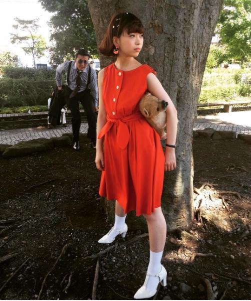 新米弁護士・丸井華役の森川葵(出典:https://www.instagram.com/kakizakishinichi)
