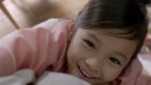 【エンタがビタミン♪】藤田彩華ちゃん、CMで話題の「ぎゅーっと」から3年、今度は「ぷはーっ」が可愛すぎる