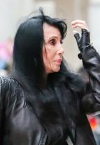 【イタすぎるセレブ達】トム・クルーズの元恋人シェール70歳 「私は老婆」「加齢を受け入れられない」 沈痛な胸中吐露