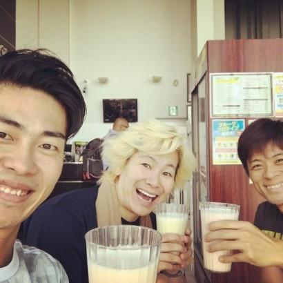 【エンタがビタミン♪】ジャンポケ太田、ジム仲間の芸人との3ショット 「赤くないカズレーザー初めて!」と反響
