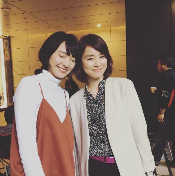 """""""約20歳""""の年齢差があるようには見えない2人(出典:https://www.instagram.com/yuriyuri1003)"""