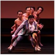 【エンタがビタミン♪】極楽・山本圭壱&山本軍団 歓喜のダンスで「吉本復帰」をお祝い