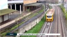 【海外発!Breaking News】死と隣り合わせ 線路に寝て電車の通過を待つ少年(チェコ)