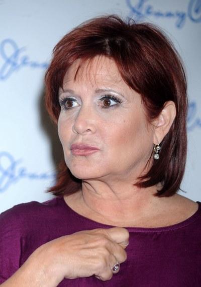 まだ入院したままの女優キャリー・フィッシャー