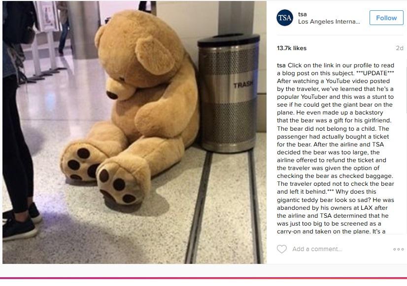 巨大テディベア、ロスの空港で置き去りに(出典:https://www.instagram.com/tsa)