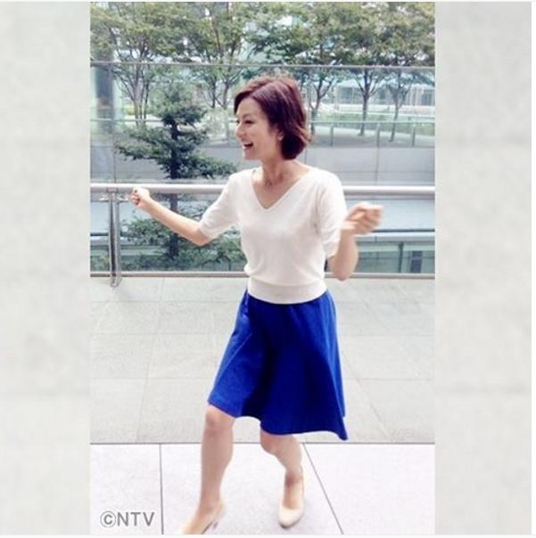 「踊る」徳島えりかアナ(出典:https://www.instagram.com/zumusata)