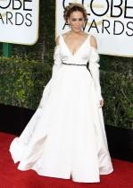 【イタすぎるセレブ達】サラ・ジェシカ・パーカー、ゴールデングローブ賞授賞式でウェディングドレスを着用
