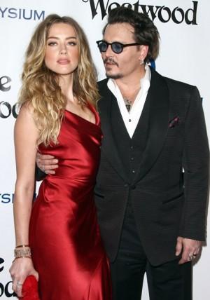 【イタすぎるセレブ達・Flash】ジョニー・デップ&アンバー・ハード、ようやく離婚が成立