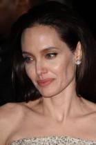 【イタすぎるセレブ達】アンジェリーナ・ジョリー、ブラピの人気ぶりに「ハリウッドに私をサポートする雰囲気はない」