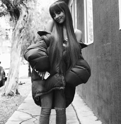 【イタすぎるセレブ達】アリアナ・グランデ 「私は可愛いだけじゃない、誰よりも勤勉なの」でインスタ炎上