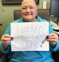 【イタすぎるセレブ達】マイケル・ジャクソン元妻、乳がんの化学療法が無事終了 愛娘パリスさんも「母は強いの」