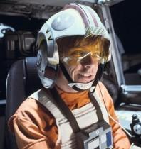 """【イタすぎるセレブ達】『スター・ウォーズ』 最新作タイトル『The Last Jedi』に""""ルーク""""も満足「サムライっぽいだろう?」"""