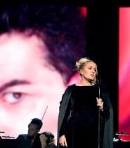 【イタすぎるセレブ達】ジョージ・マイケル追悼パフォーマンスを披露したアデル 納得できずやり直す一幕も