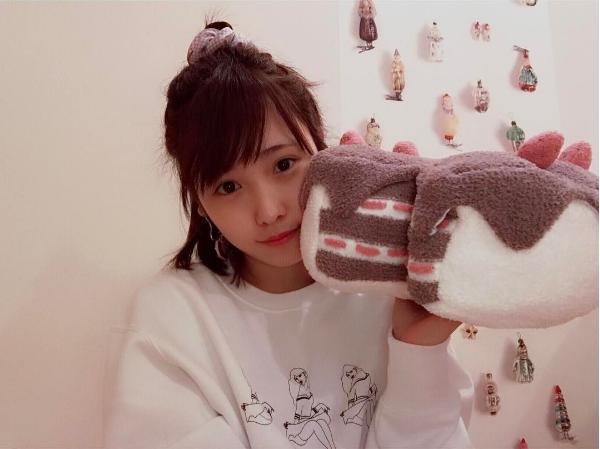 22歳となった川栄李奈(出典:https://www.instagram.com/rina_kawaei.official)