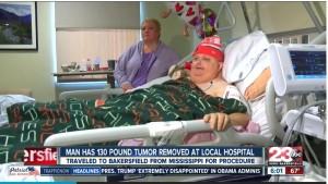 医師から「ただのデブ」15年言われ続けた男性 下腹部から60キロの腫瘍を摘出(米)