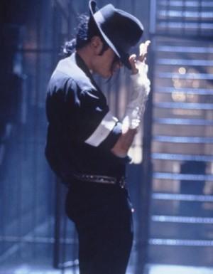 【イタすぎるセレブ達】マイケル・ジャクソン、「U2」にスパイを送ろうとしていた!