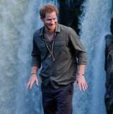 【イタすぎるセレブ達】英ヘンリー王子、友人の挙式でムーンウォーク披露も赤面ハプニング