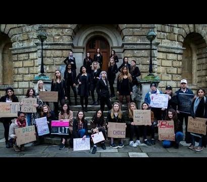 【海外発!Breaking News】英オックスフォード大学生、アカペラで歌うシンディ・ローパーがカッコいい<動画あり>