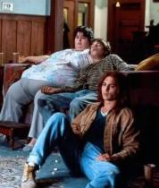 【イタすぎるセレブ達・番外編】『ギルバート・グレイプ』でレオ&ジョニデの肥満母を演じた女優が死去