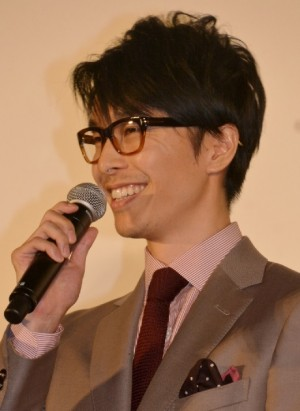 【エンタがビタミン♪】長谷川博己、ホラー映画『ピラニア3D』を語る笑顔が生き生き「近年稀にみる傑作」