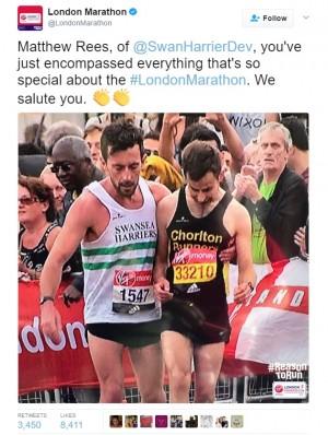 【海外発!Breaking News】ゴールまで300m ロンドンマラソンで自分のレースを諦め、他の走者を助けたランナー