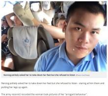 【海外発!Breaking News】バスの中で大迷惑な女性客 臭い足を座席の上に投げ出す(タイ)