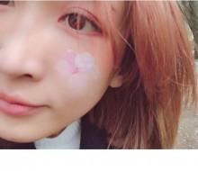 【エンタがビタミン♪】紗栄子、頬に桜の花びらを飾る 「何しても可愛いなぁ」ファンうっとり