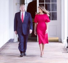 【イタすぎるセレブ達】メラニア夫人、手をつなごうとするトランプ大統領の手を払いのける