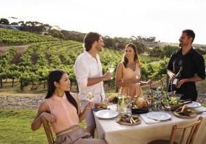 屋外で食事を楽しむことが多いオーストラリア(c)Tourism Australia
