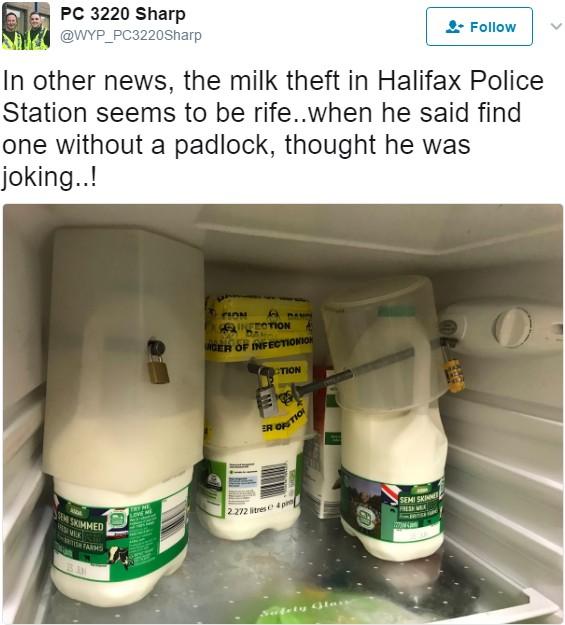 連続ミルク盗難事件に警察署は…(画像は『PC 3220 Sharp 2017年6月11日付Twitter「In other news, the milk theft in Halifax Police Station seems to be rife..」』のスクリーンショット)