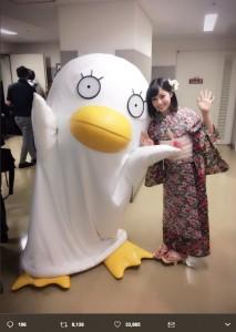 エリザベスと橋本環奈(画像は『橋本環奈 2017年6月28日付Twitter「銀魂ジャパンプレミア盛り上がりました!楽しかったです!」』のスクリーンショット)