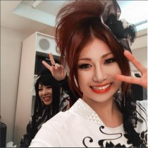 【エンタがビタミン♪】和楽器バンド、鈴華ゆう子と蜷川べにが2ショット 笑顔に「癒されます」