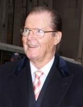 【イタすぎるセレブ達・番外編】ロジャー・ムーアの葬儀がモナコでとり行われる