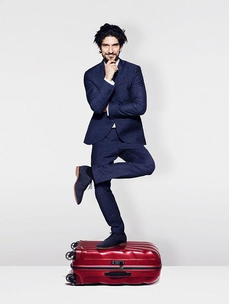 載ってもビクともしないスーツケースが必要?