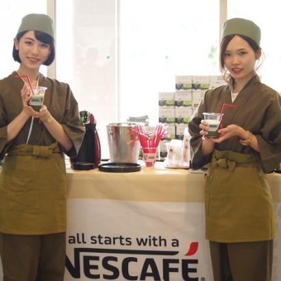 """""""暑さ対策日本一""""熊谷市で「アイス抹茶」の無料試飲会開催 こまめな水分補給を呼びかける"""