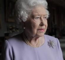 【イタすぎるセレブ達】エリザベス女王、次々と本音を明かす孫ヘンリー王子に「トーンダウンを!」