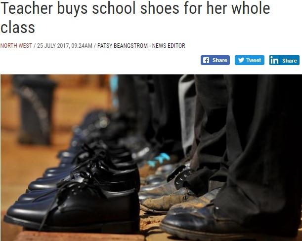 クラス全員に靴をプレゼント(画像は『IOL News 2017年7月25日付「Teacher buys school shoes for her whole class」(File picture: Oupa Mokoena/ANA Pictures)』のスクリーンショット)