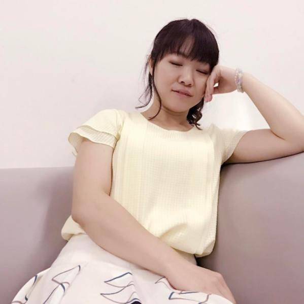 江口のりこが撮ったイモトアヤコ(画像は『【公式】ウチの夫は仕事ができない 2017年7月26日付Instagram「第2回アヤコをプロデュース」』のスクリーンショット)
