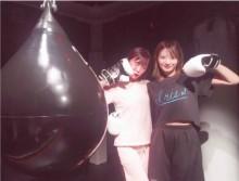 【エンタがビタミン♪】元NMB48岸野里香と渡辺美優紀 ジムでモデル・ゆんころの「筋肉美」に驚く