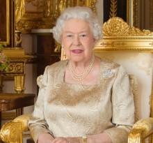 【イタすぎるセレブ達】ダイアナ妃事故死から6日後、エリザベス女王が書いた手紙の内容が明らかに
