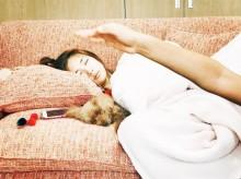 【エンタがビタミン♪】紗栄子、愛犬との穏やかな寝顔が「仏様みたい」