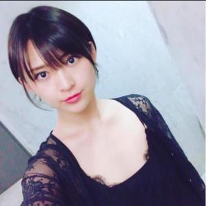 ショートヘアにした鈴木咲(画像は『鈴木咲 2017年7月24日付Instagram「仕事帰りにそのまま髪を切ってきました」』のスクリーンショット)