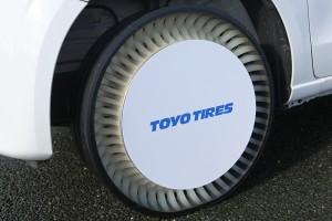 タイヤの歴史を塗り替えるエアレスタイヤ