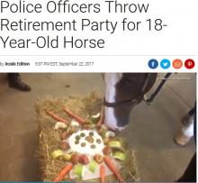 【海外発!Breaking News】18歳の警察馬に警官らが特製ケーキでリタイアパーティー開く(米)