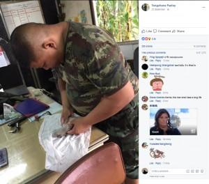 【海外発!Breaking News】瀕死の仔犬を懸命な心臓マッサージで救ったタイ軍兵<動画あり>