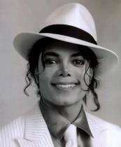 【イタすぎるセレブ達】マイケル・ジャクソン死去から8年 キング・オブ・ポップの遺した思い「憎しみに満ちた世界でも希望を持って」