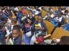 【海外発!Breaking News】新学期初日にNYブルックリンの小学校でサプライズ 児童ら大喜び<動画あり>